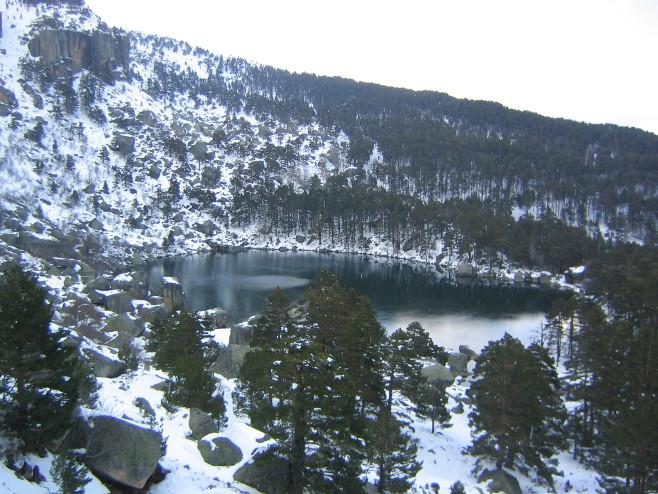 lagunba-negra-nevada